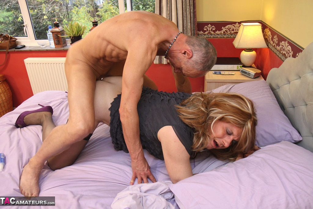 Black daddy creampie his daugther