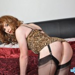 Amateur crossdresser loves to tease